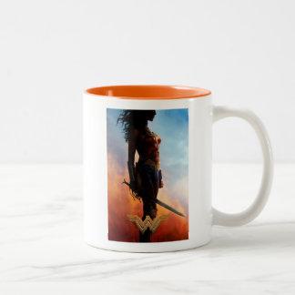 Caneca De Café Em Dois Tons Silhueta do Duststorm da mulher maravilha