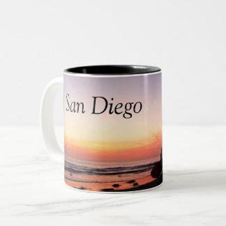 Caneca De Café Em Dois Tons Surfistas de San Diego