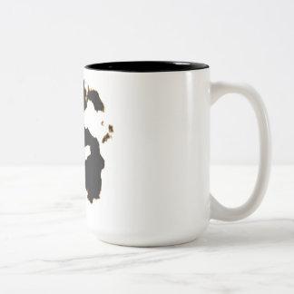Caneca De Café Em Dois Tons Teste de Rorschach de um cartão da mancha da tinta