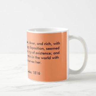 Caneca De Café Emma Woodhouse, considerável, inteligente, e rico,