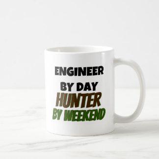 Caneca De Café Engenheiro pelo caçador do dia em o fim de semana