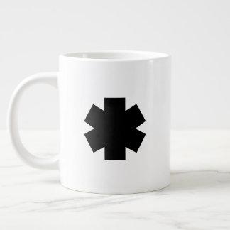 Caneca de café enorme do asterisco preto