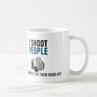 Caneca De Café Eu disparo em pessoas e corto às vezes suas