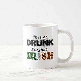 Caneca De Café Eu não estou bêbedo, mim sou apenas irlandês