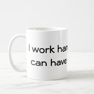Caneca De Café Eu trabalho para meu cão!