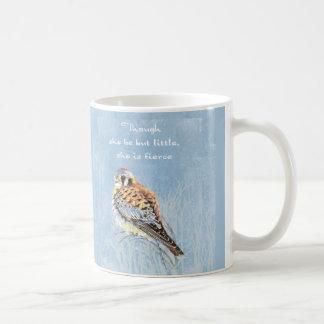 Caneca De Café Falcão pequeno mas feroz do Kestrel do pássaro das