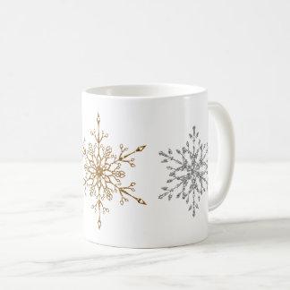Caneca De Café Falso prata & flocos de neve do brilho do ouro