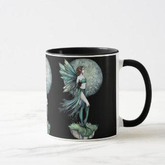 Caneca de café feericamente da lua verde bonita