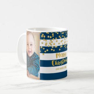 Caneca De Café Feliz Natal da foto dos confetes do ouro das