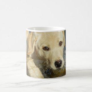 Caneca De Café Filhote de cachorro amarelo de labrador retriever