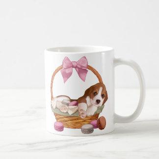 Caneca De Café Filhote de cachorro e macaroons do lebreiro