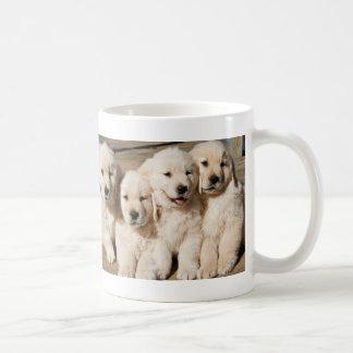Caneca De Café Filhotes de cachorro do golden retriever