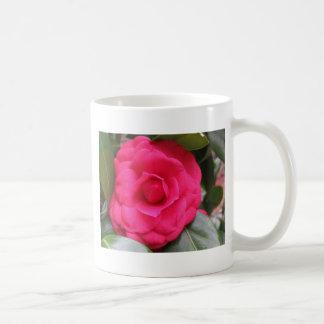 Caneca De Café Flor vermelha do japonica Rachele Odero da camélia