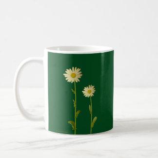 Caneca De Café Flores da margarida no fundo verde - verão