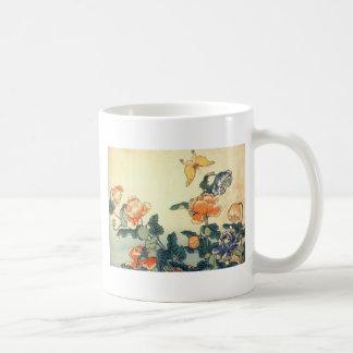 Caneca De Café Flores e uma borboleta