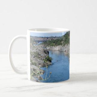Caneca De Café Folsom Califórnia: Rio americano, perus