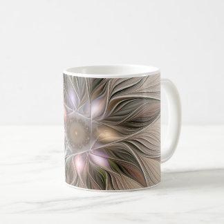 Caneca De Café Fractal floral bege de Brown do abstrato alegre da