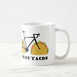 Caneca De Café Funcionamentos em Tacos