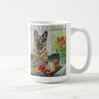 """Caneca De Café """"German shepherd bonito de um petisco do"""