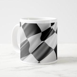 Caneca De Café Gigante Bandeira de competência de ondulação preto e