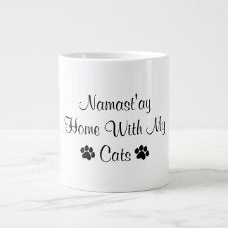 Caneca De Café Gigante Casa de Namast'ay com meus gatos