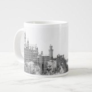 Caneca De Café Gigante Castelo preto e branco de Neuschwanstein no