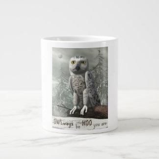 Caneca De Café Gigante Citações brancas da coruja - 3D rendem