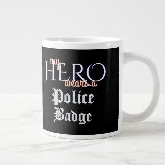 Caneca De Café Gigante Meu herói veste o crachá da polícia