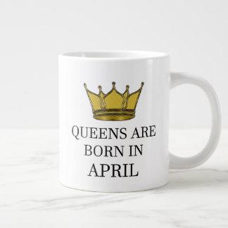 Caneca De Café Gigante O Queens é nascido em abril