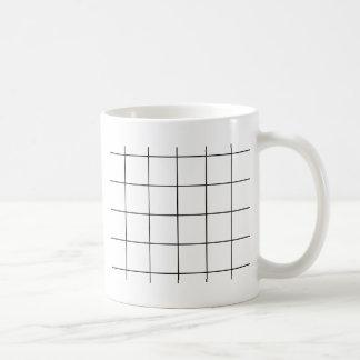 Caneca De Café grade preta,    fundo branco