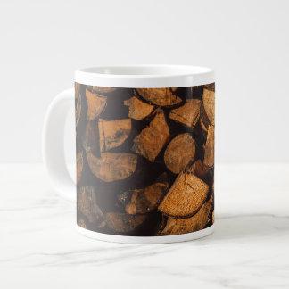 Caneca De Café Grande A madeira registra o teste padrão