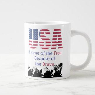Caneca De Café Grande EUA - Casa do livre devido ao bravo
