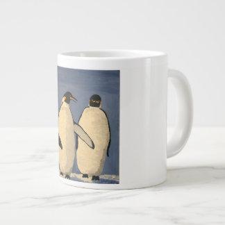 Caneca De Café Grande Fala adulta de dois pinguins de imperador