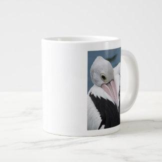 Caneca De Café Grande Fim australiano do pelicano acima