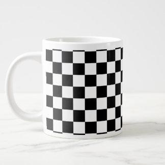 Caneca De Café Grande Tabuleiro de damas preto e branco