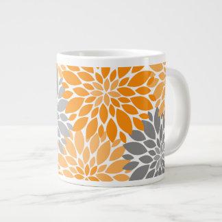 Caneca De Café Grande Teste padrão floral dos crisântemos alaranjados e