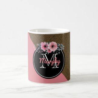 Caneca De Café Grinalda floral da aguarela rústica do monograma |