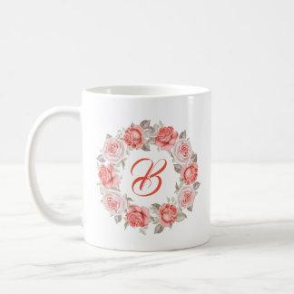 Caneca De Café Grinalda moderna dos rosas do rosa do monograma da