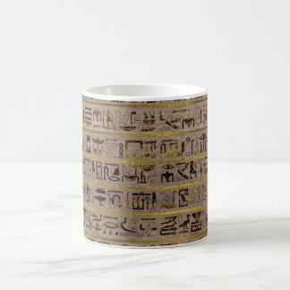 Caneca De Café Hieroglyphs egípcios dourados de Pyrographed na