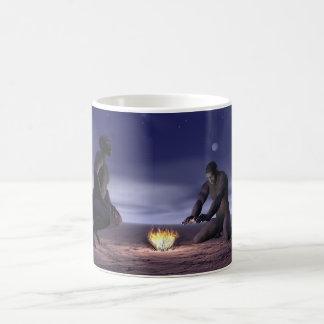 Caneca De Café Homo erectus e fogo - 3D rendem