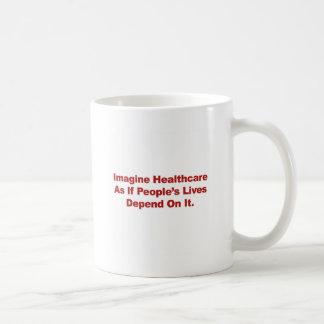 Caneca De Café Imagine as vidas do pessoa dos cuidados médicos