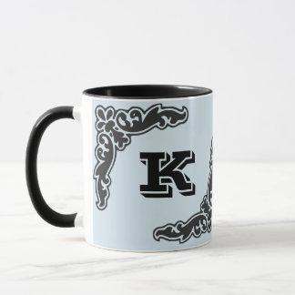 Caneca de café inicial corajosa preta