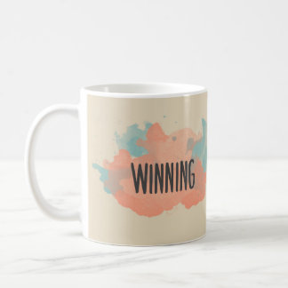 Caneca de café inspirada de vencimento da aguarela