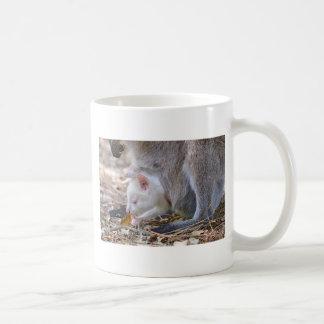 Caneca De Café Joey do albino no bolso