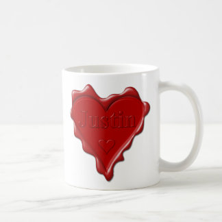 Caneca De Café Justin. Selo vermelho da cera do coração com
