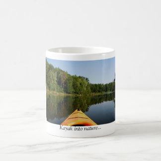 Caneca De Café Kayak na natureza…