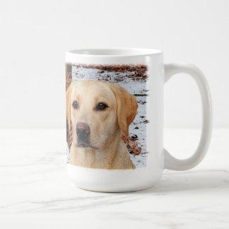 Caneca De Café Labrador amarelo - caça do inverno