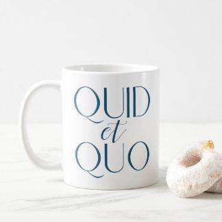Caneca De Café Libra CUSTOMIZÁVEL e educação clássica de Quo