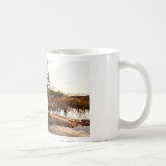 Caneca De Café Linha costeira rochosa da ilha