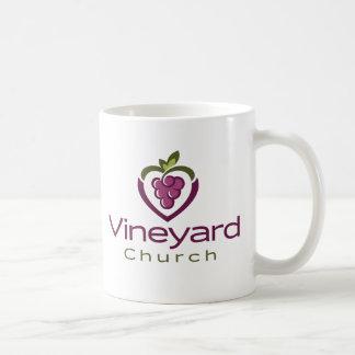 Caneca De Café Logotipo empilhado vinhedo no branco - presente